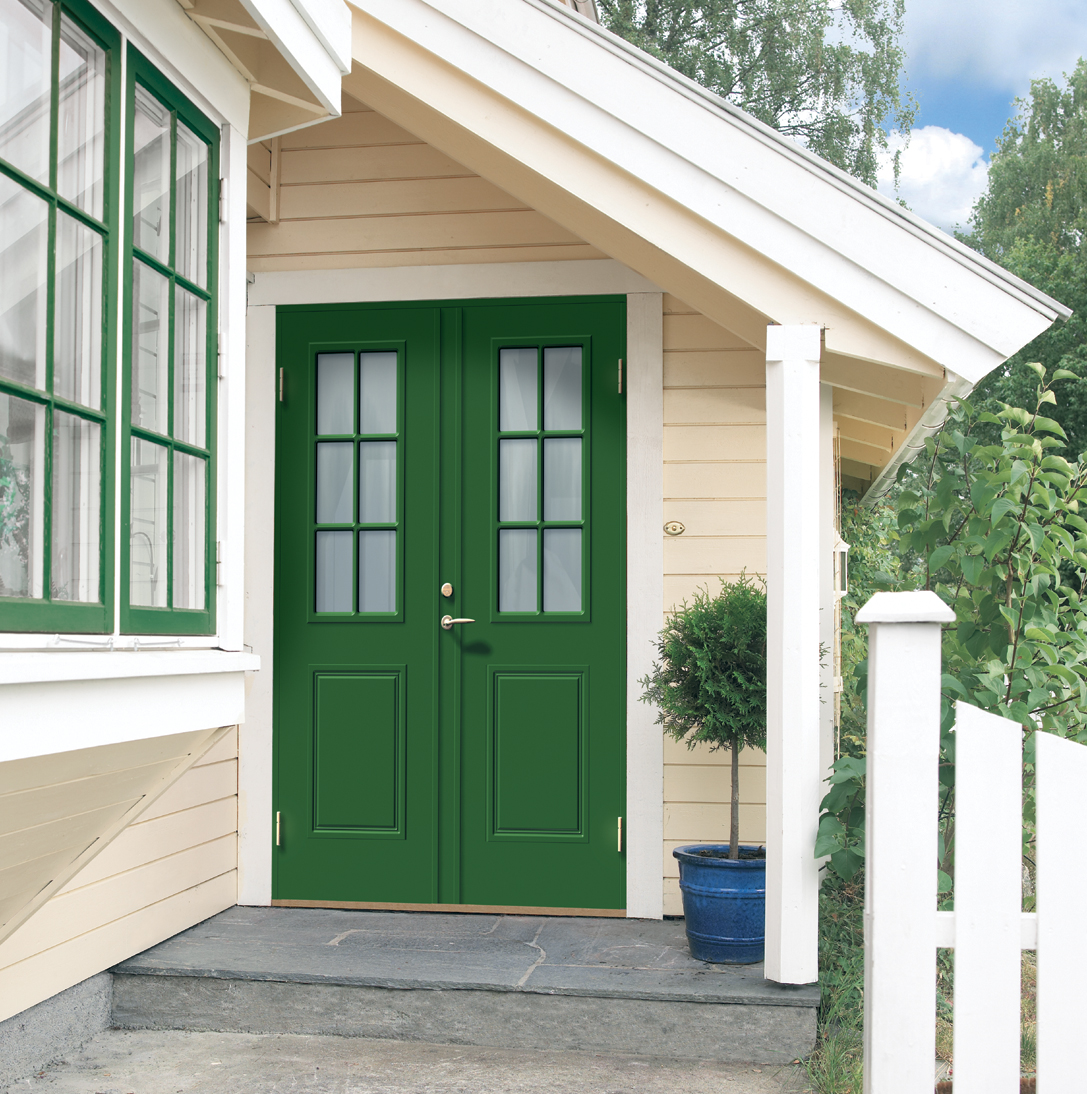smetana-green-double-door-scenery