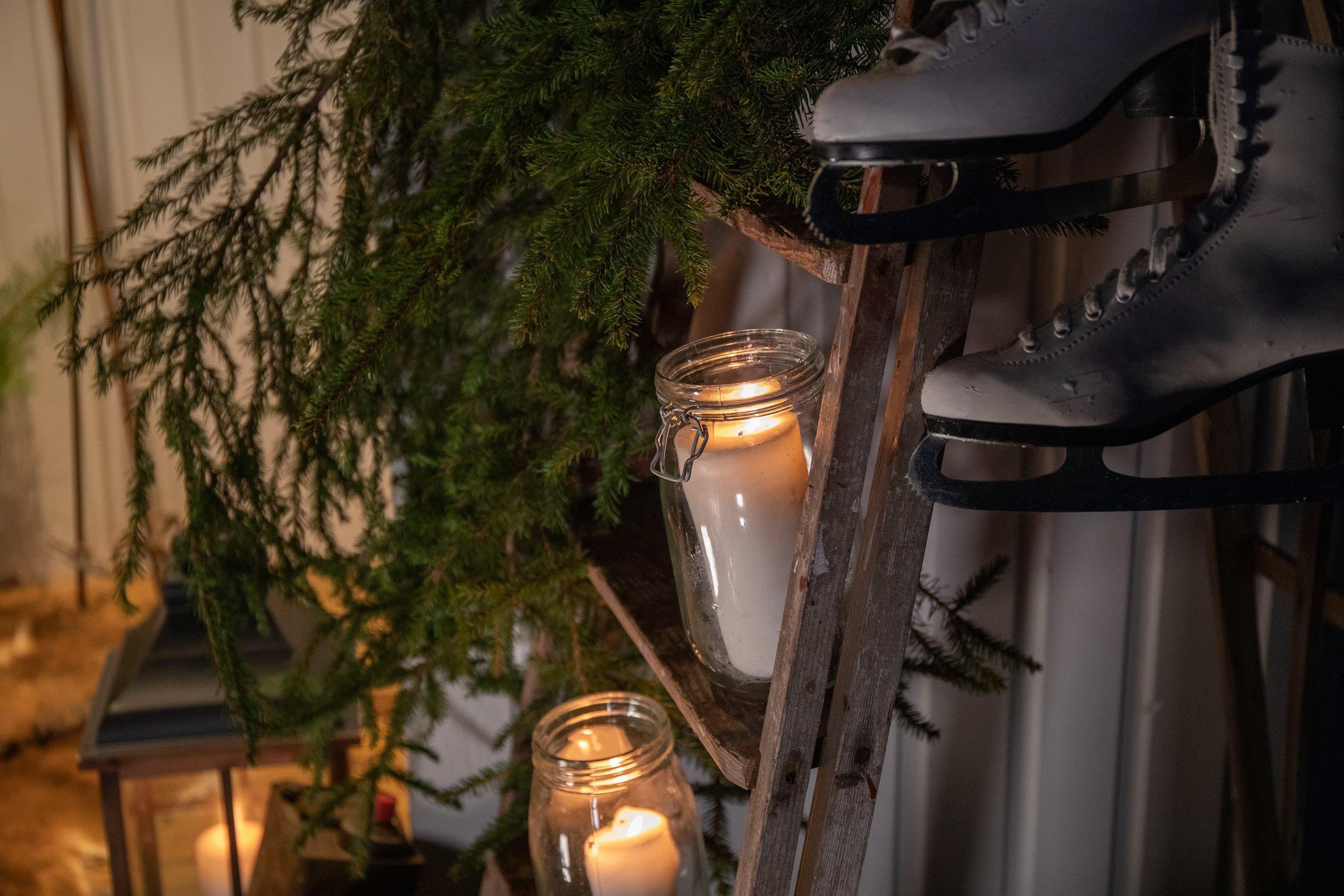 Swedoor-julestyling-glasslykter