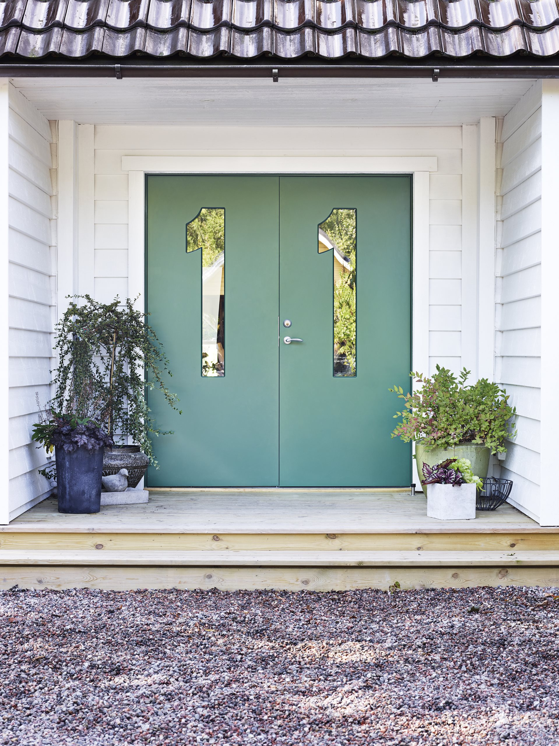 Identity-double-door-green-scenery